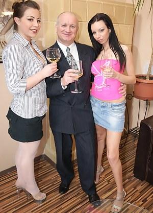 Drunk Girls Porn Pictures